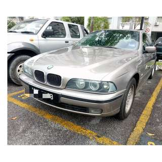 BMW 523i E39 (A) Year 2000 Direct Owner