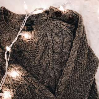 Roots grey sweater