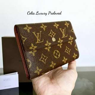Preloved Louis Vuitton with Box and card Authentic