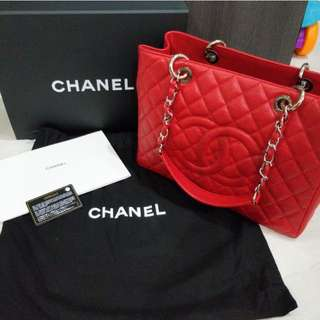 Chanel GST Caviar Red