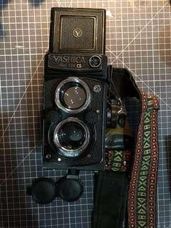 Film Camera - Yashica Mat-124 G