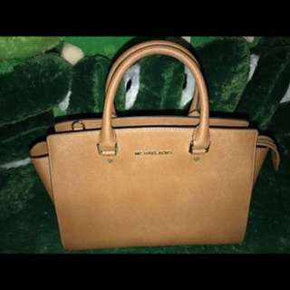 TAS MICHAEL KORS AUTHENTIC ( asli )