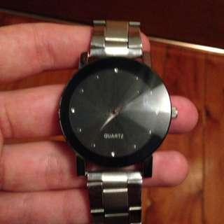 Stylish Gray Quartz Watch