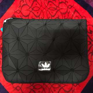 READY STOCK ADIDAS URBAN 3D CLUTCHBAG