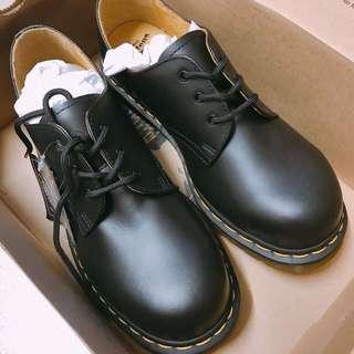 Dr Marten unisex sneakers UK6