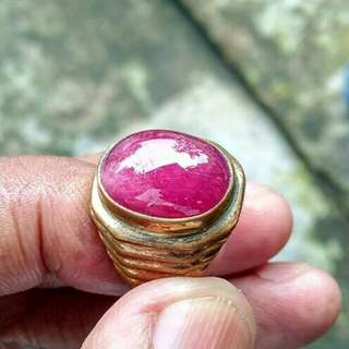 Natural ruby lafadz. Asli.