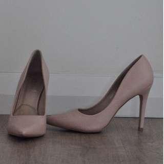 """Verali Nude Pink Closed Toe 4"""" Heels [RRP $50]"""