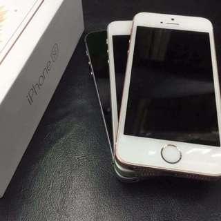 iPhone SE 16GB / 64GB Factory Unlocked