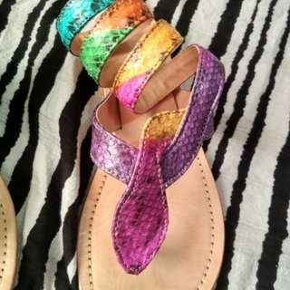 SLIP ON GLADIOR RAINBOW - FREE ONGKIR!*