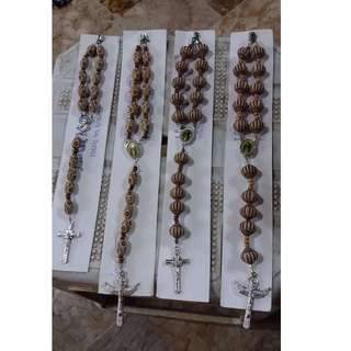 Hang me Rosary (brown)