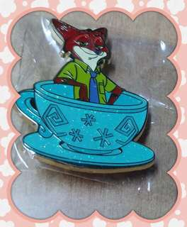 HKDL - Disney Tea Cup Pin (Nick)