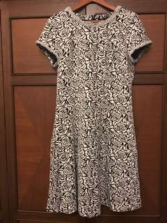 KARL LAGERFELD retro dress