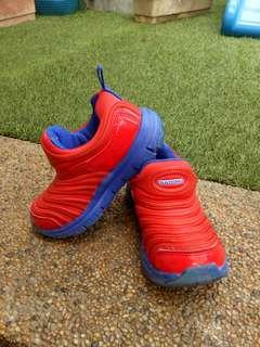 Red Diadora Sport Shoes