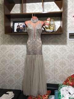 Grayish nude gown