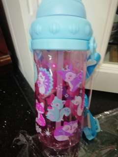 Smiggle BPA Free water tumbler 430ml for girls NEW ITEM