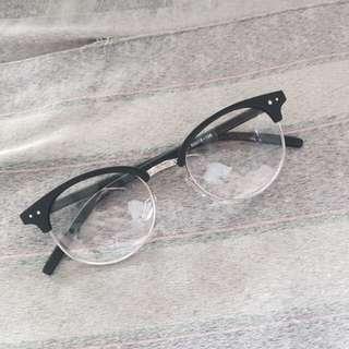 Metro Sunnies Specs / Eyeglass