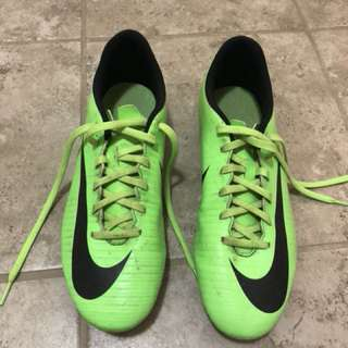 Soccer Nike cleats size 8.5