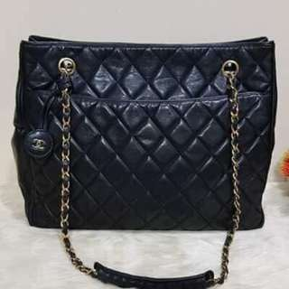 Chanel quilted toted bag