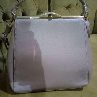 Sling bag and hand bag nude palomino