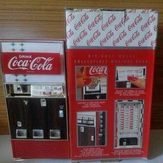 可口可樂罐裝汽水機金屬錢箱(入錢有聲音)