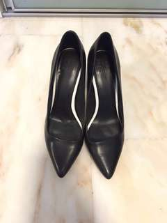 Like NEW PEDDERRED Chunky Heels!