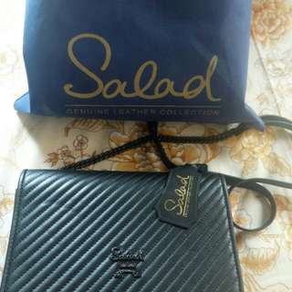 Salad authentic sling bag