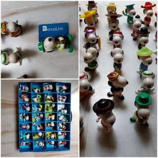 28 pcs Snoopy  around the world McDonald's Collection