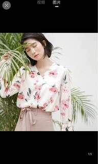 [P.O] Korean Style Floral Blouse Top