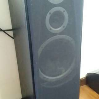 Jamo Speakers made in denmark and kenwood ctr speaker