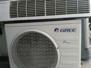 Split type AC Gree and Carrier