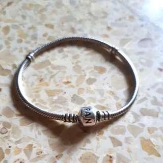 Pandora bracelet 19cm
