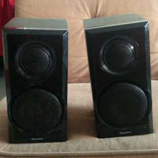 Poineer Speakers
