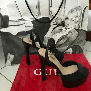Sepatu by guess