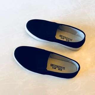 Women Slip on Canvas Shoes Black