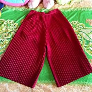 Kulot plisket maroon