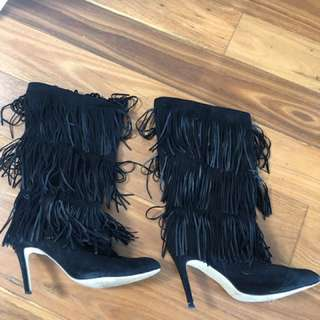 SUEDE FRINGED BOOT HEELS
