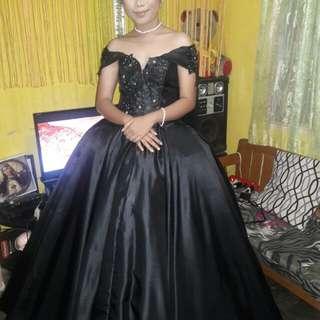 Ball gown for ren