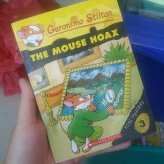 [clearance sales!!] mini size Geronimo Stilton story book