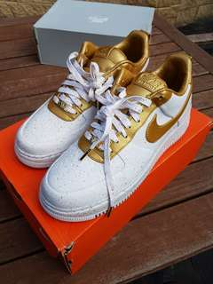 "2012 Nike Air Force 1 Low Supreme TZ ""Gold Medal"""