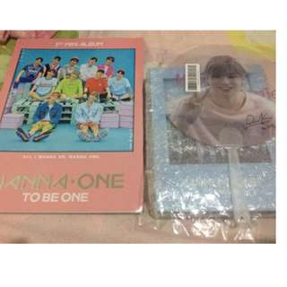 ON HAND WANNA ONE Merchandise SET