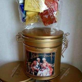 瑞士蓮罐裝朱古力,一罐