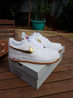 2012 Air Force 1 Low - Metallic Gold, Sports Red & Gum