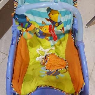 Baby rocker ( newborn to toddler)