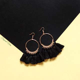 NEW Tara Circle Tassel Earrings (Black)