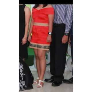Preloved red off shoulder Saturday Dress