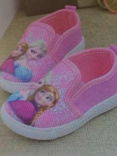 Frozen shoes 4t