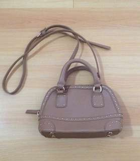 Girls Sling Bag not Zara