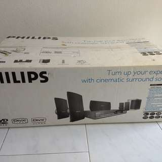 Philips Home Theater System - whole set