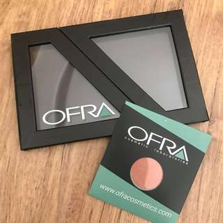 BNIP Authentic Ofra POP up Magnetic Palette with Single Blush (Winter Rose)