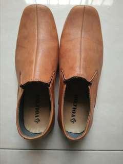 Sepatu Fantopel
